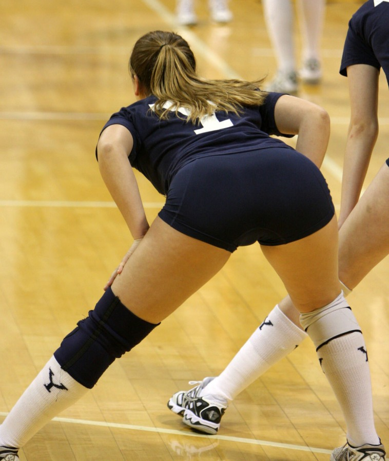 Hot girl in volleyball spandex fucked — photo 4